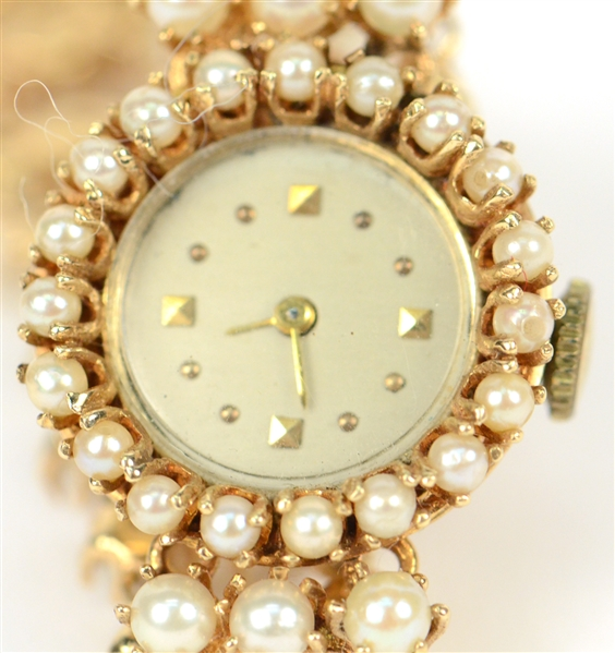 14K yellow Gold Pearl Ladies Wristwatch