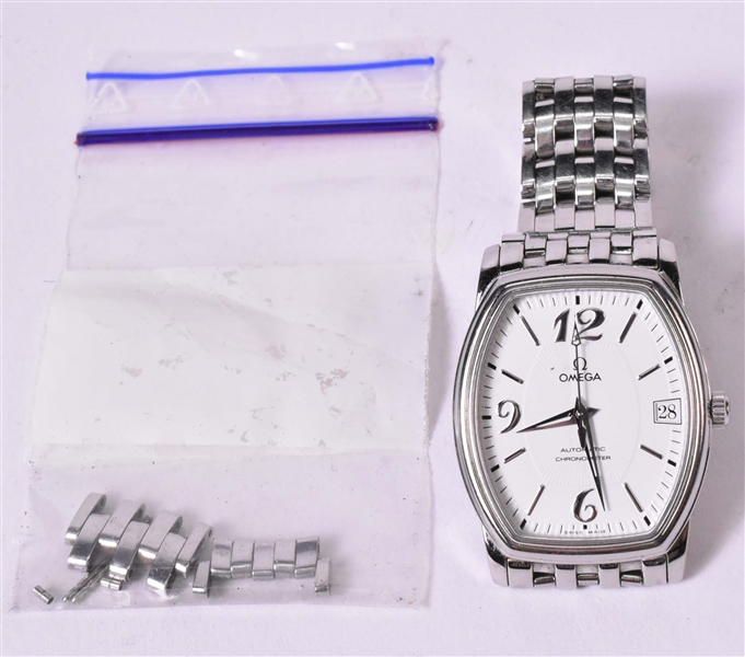 Omega Automatic Chronometer Mid Size Wristwatch