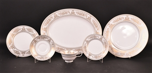 "Wedgwood ""Gold Columbia"" Porcelain Dinnerware"